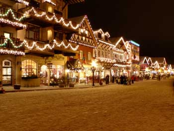 its never too early to make reservations to enjoy christmas lighting in leavenworthvoted best holiday town usa by ae network